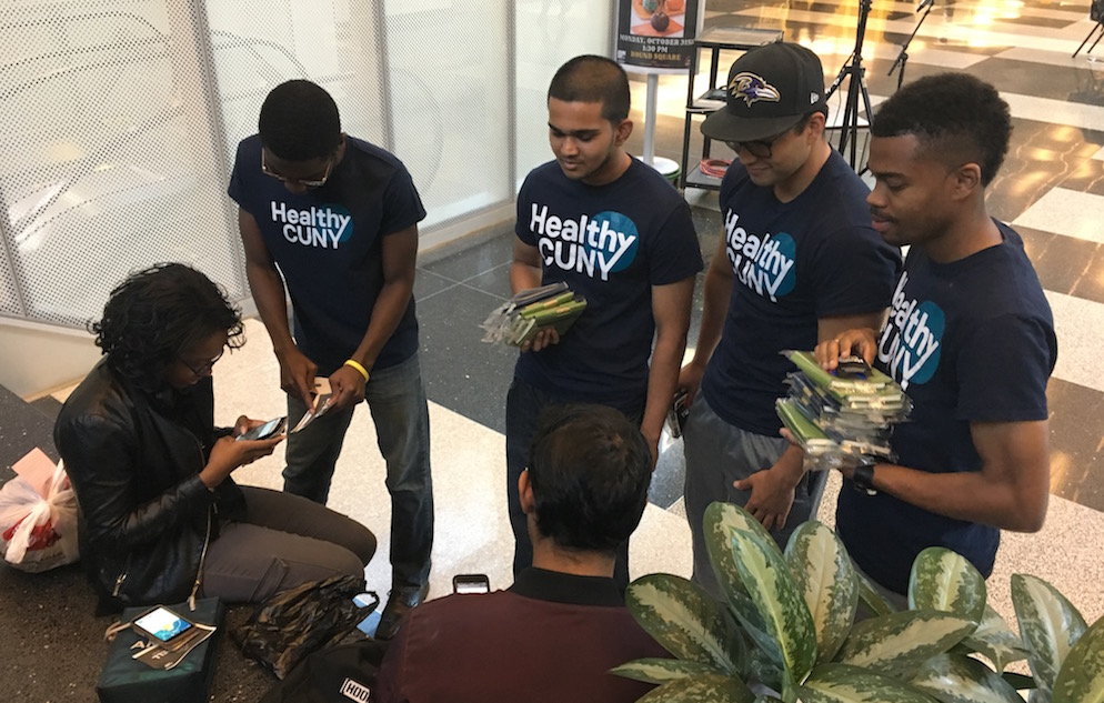 John Jay students try out a web-based health app designed by the Healthy CUNY Tech Team.