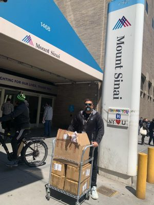 MPH student Pavan Lohia delivering PPE to Mount Sinai hospital