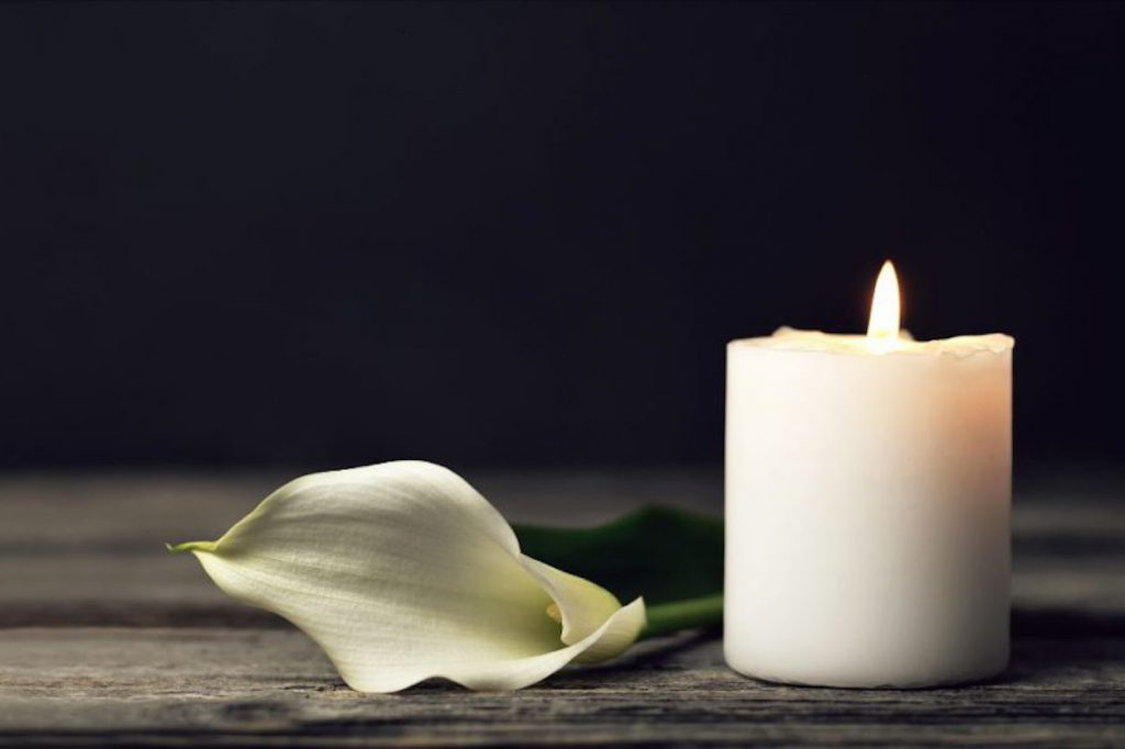 cala-lily-candle-grief